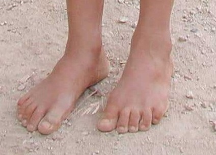 Bare_feet2